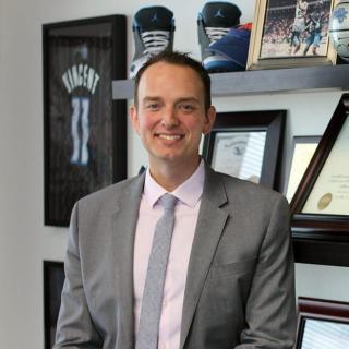 Jonathan R Simon